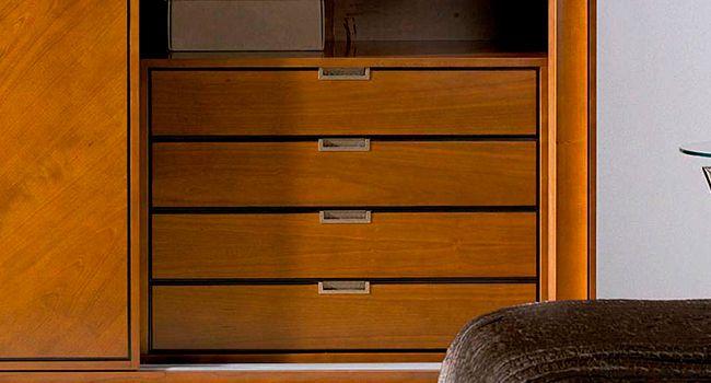 cajoneras-a-medida-interiores-de-armarios-carpintero-2